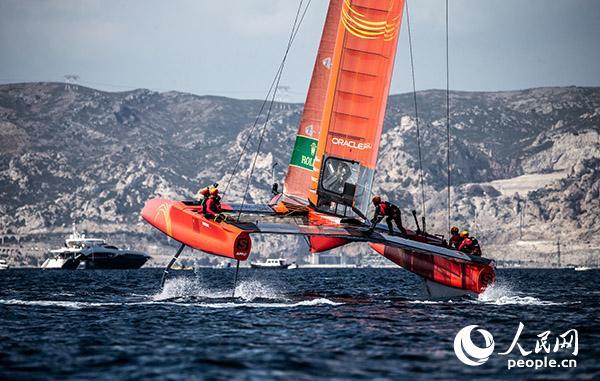 国际帆船大奖赛马赛站揭幕中国队表现亮眼