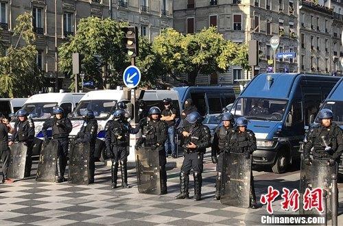 巴黎多场示威游行万余人参与163人被捕