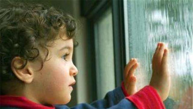 人贩子拐走一个孩子,毁掉的是整个家庭!这3种孩子最容易被盯上