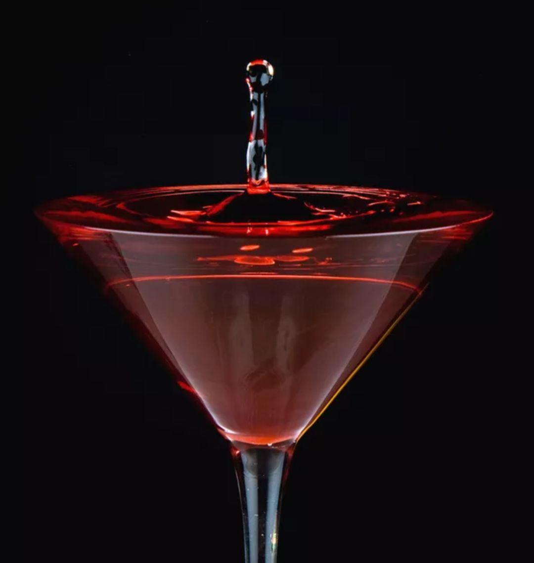 洋葱泡红酒什么时候喝最好 晚饭后临睡前饮用最佳