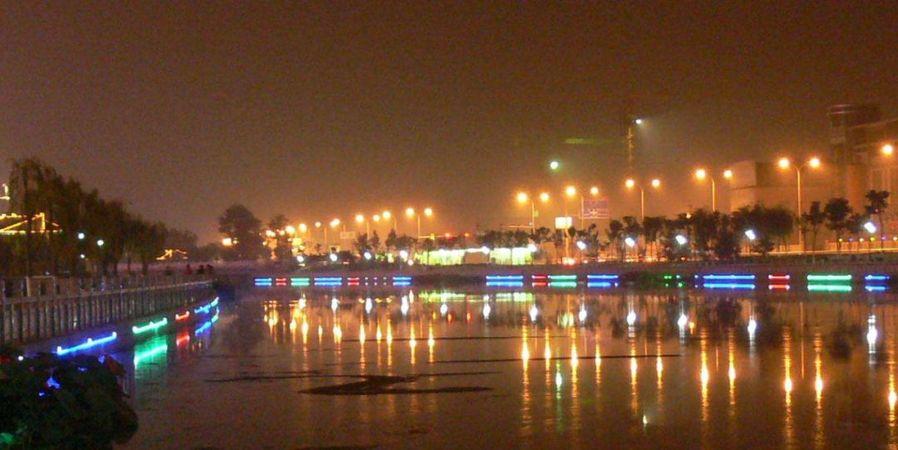 住在杨村二支渠旁边,太幸福了!因为在河里安装了这个东西!