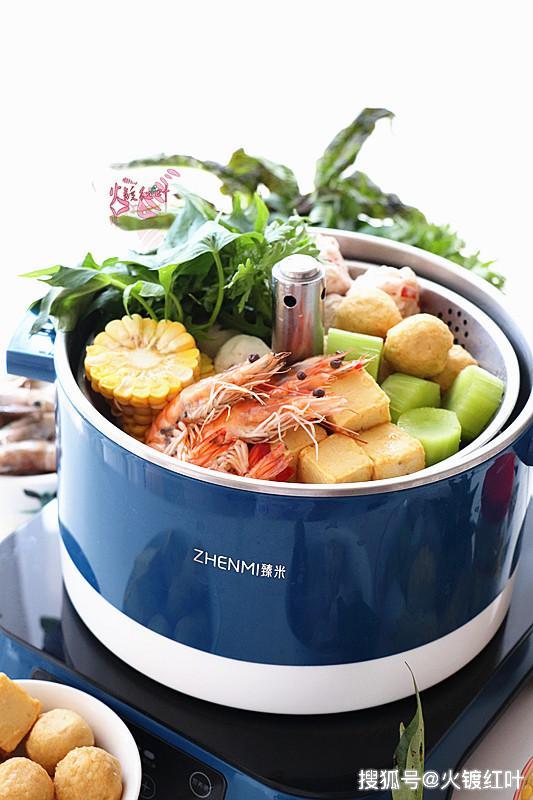 <b>火锅只需这两材料就做出美味、营养、开胃的汤底,一年四季吃都好</b>