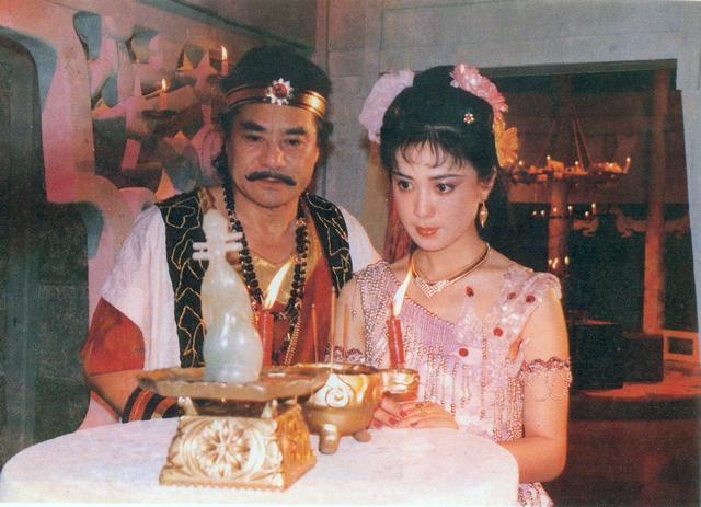 《封神榜》播出29年,剧中服化前卫大胆,汤镇宗自曝不敢看女演员