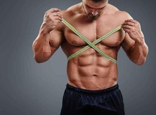 腹肌是吃出来了!4个饮食原则+1个训练原则,让你练出六块腹肌