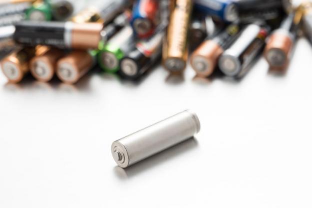一周锂电产业链价格:钴价持续上涨 车企转型磷酸铁锂电池或将成常态