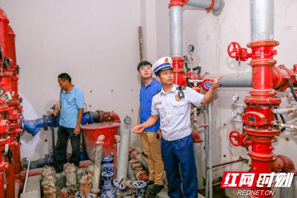 防風險保平安迎大慶丨張家界:消防連續開展集中夜查