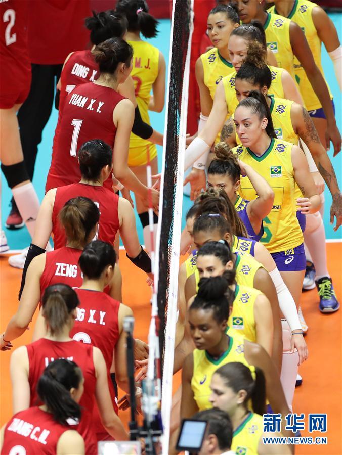 女排世界杯:中国队胜巴西队