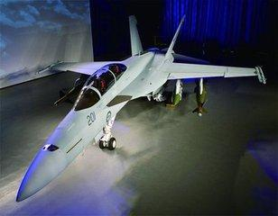 美军重金改款一战机靠它封锁中国,解放军重视程度高于F22