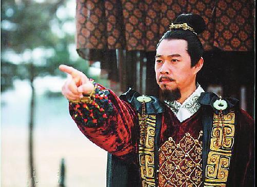 现代人为什么叫秦始皇为嬴政,而把他的儿子叫扶苏和胡亥