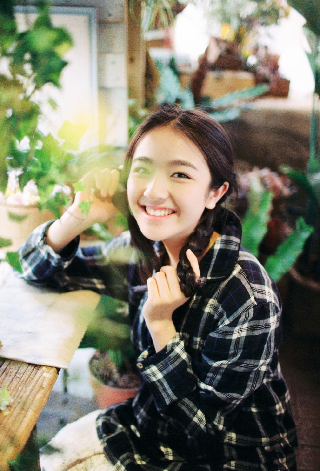 唐人最新捧的女艺人,这颜值可是要比胡冰卿高太多了