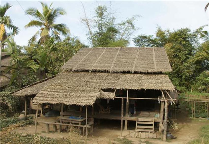 实拍缅甸农村的真实生活:与我国友好,妇女自力更生