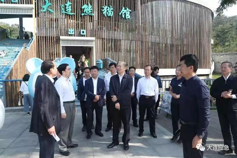 谭作钧在检查全市安全生产工作时强调  全力以赴确保国庆期间社会安全稳定