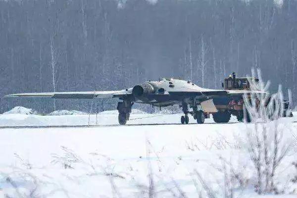 俄加速组建隐身无人机部队
