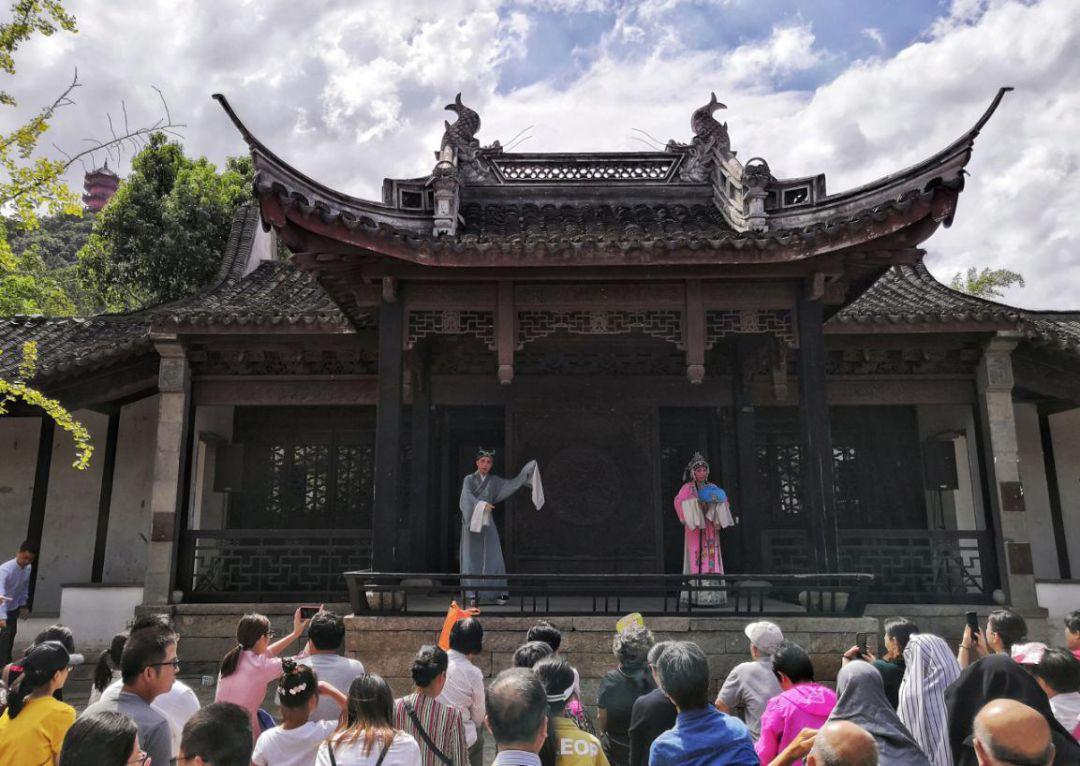 【江南有戏】无锡家具戏剧节492年的寄畅亚振园林设计师关志文图片