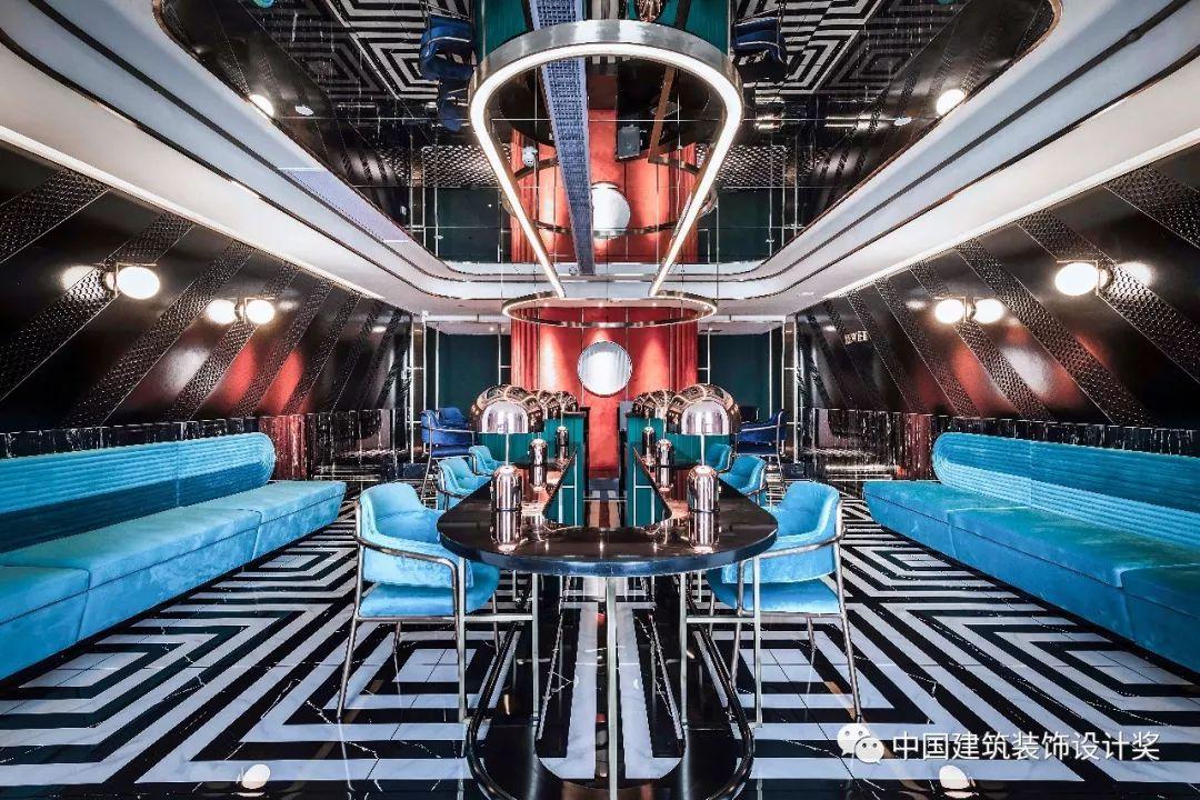 <b>【第十届参赛作品】这家酒店的设计简直炸裂!重庆打卡圣地!</b>