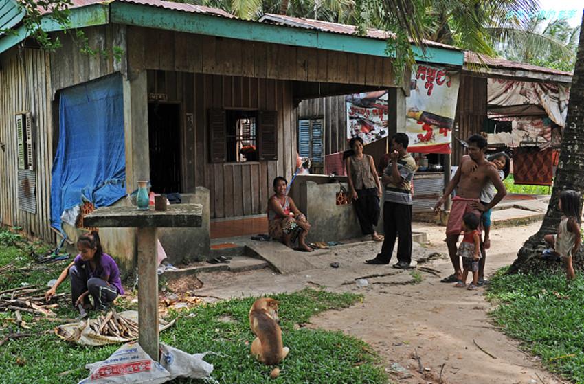 实拍柬埔寨农村的真实面貌:喜欢我国的伙食,人们简单朴实