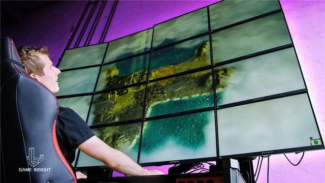 神仙操作?土豪用16K巨大显示屏玩《我的世界》,像素突破1亿