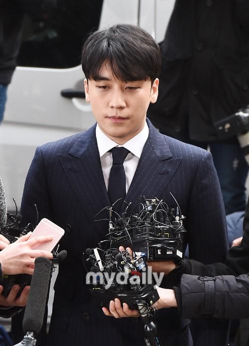 胜利当选韩国网民最不想在社会新闻看到的艺人 郑俊英朴有天位列二三位