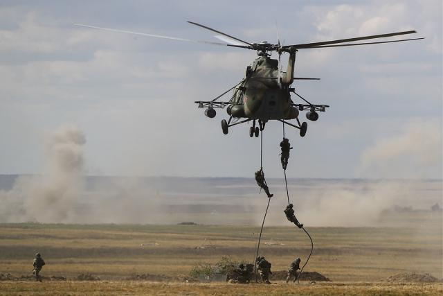 """军演超成功,我国士兵再次刷新俄认知,专家罕见给出""""另类""""评价"""