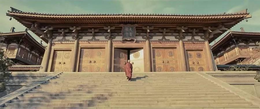 西安古寺里的特殊塔刹,采用四国地方所产的庵治石制作