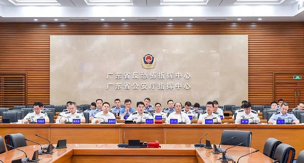 国庆期间,广东交警强化警种联动,严控重点路段!