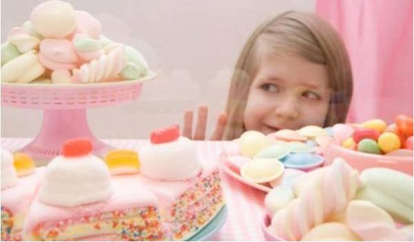 「亲子教育」宝宝无节制吃零食,是你没有做好这几点