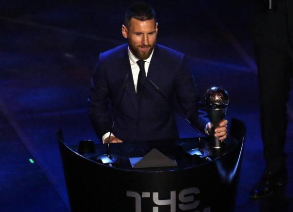 投票见人品?世界足球先生梅西投给了马内、C罗和德容,C罗呢?