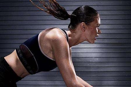 跑步减肥这样做只是在浪费体力因为这3件事不能做