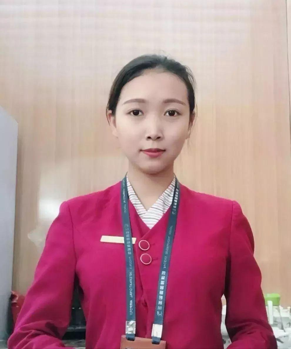 就业学子 |  三亚凤凰国际机场贵宾厅——李敏