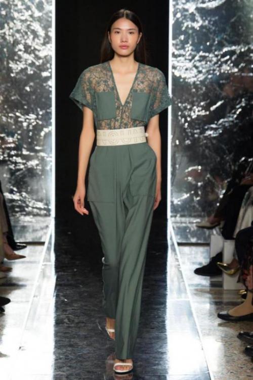 影儿时尚集团再登米兰时装周,发布全新2020春夏系列