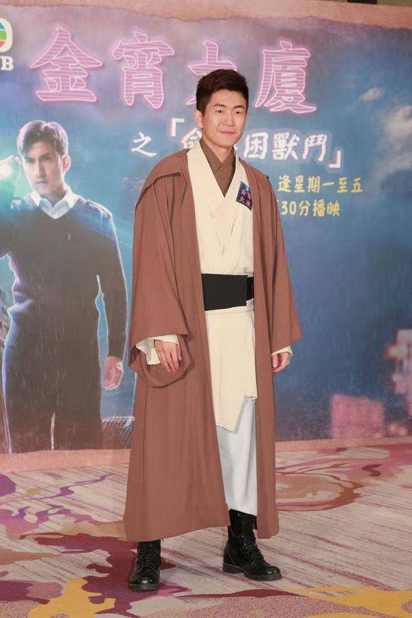 """一改以往形象饰演""""变态""""偷窥狂 TVB绿叶演员坦言怕人觉得是变态"""