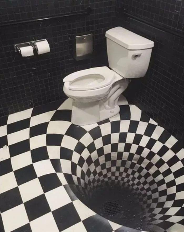 20个逼疯人类的厕所!网友:这谁顶得住啊?
