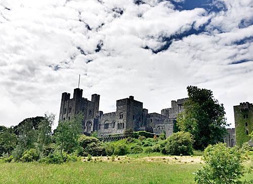 在英国古堡里生活是种怎样的体验?_英国新闻_首页 - 英国中文网