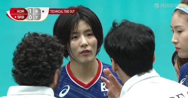 韓國隊大勝!金姬真勢不可擋,金秀智領到黃牌,金軟景鼓勵廉惠善
