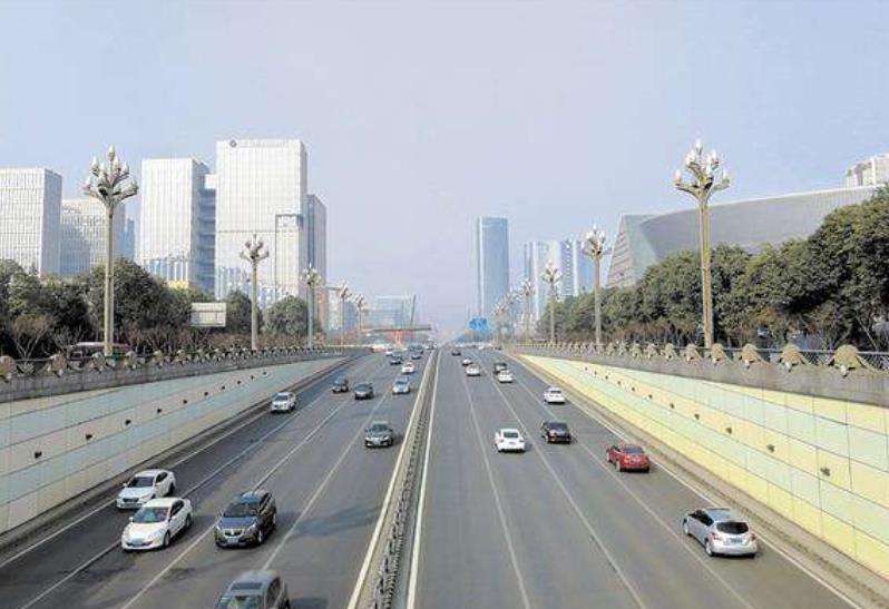 成都天府大道:长150公里,而且没有极限,堪称世界城市道路之最