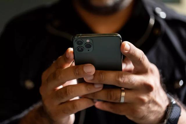 <b>新BUG iOS13安装第三方键盘可能未经允许完全访问你的手机</b>