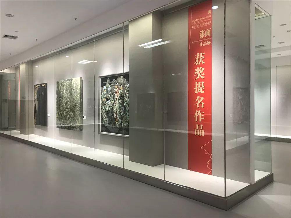 十三届全国美展   漆画展区厦门开幕 千年漆艺的当代探索