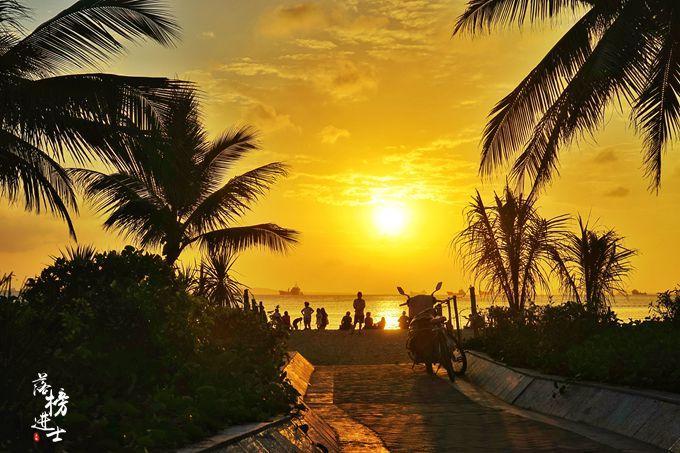 这里有三亚最美的夕阳,秋日晚霞美如画,充满了诗意,关键还免费