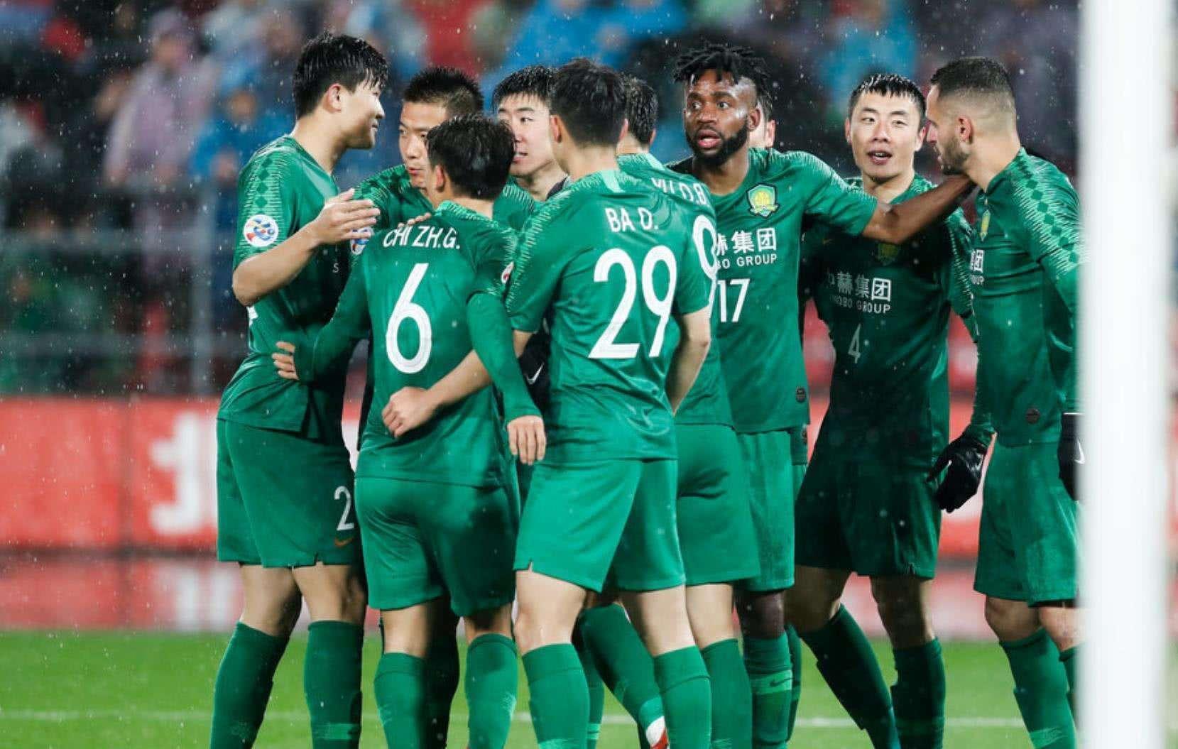 国安大胜天津天海,让我们看到两个归化球员不一样的精力!