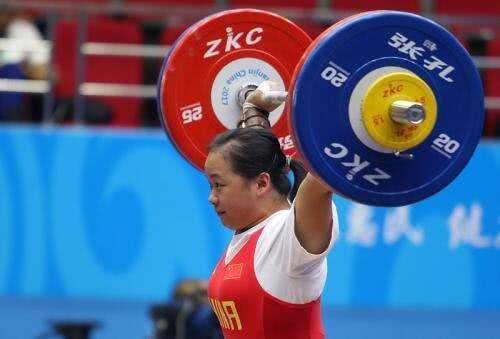 举重世锦赛女子76KG张旺丽一冠两亚朝鲜女将斩获两金