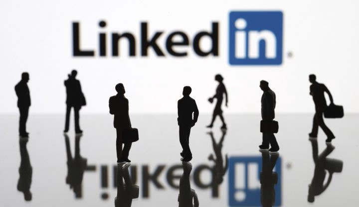 如何快速增加Linkedin联系人以及技能点赞?