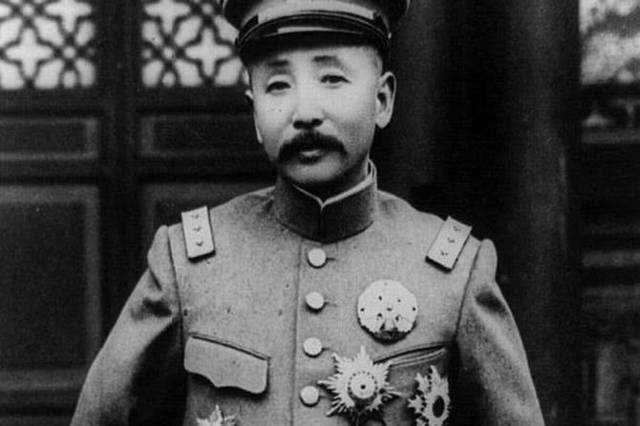 东北王张作霖不是白叫的,给军队放假殴打日本人,日本人登门道歉