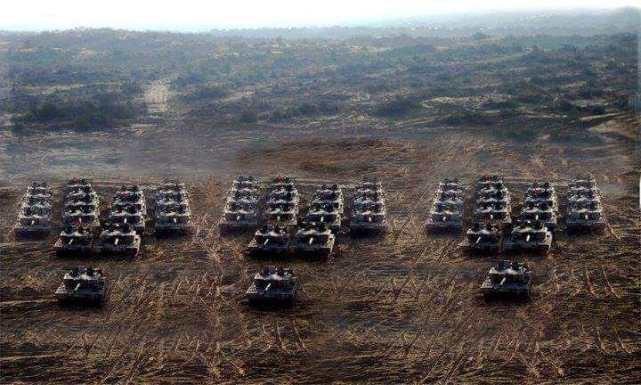 印度90万大军进入战备,巴铁盟友罕见沉默,巴总理登门求助美国