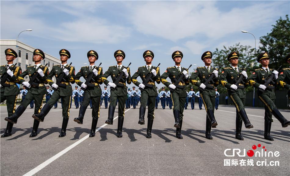 庆祝新中国成立70周年阅兵展现改革强军成就 细节设置凸显国际范、家国情-国际在线