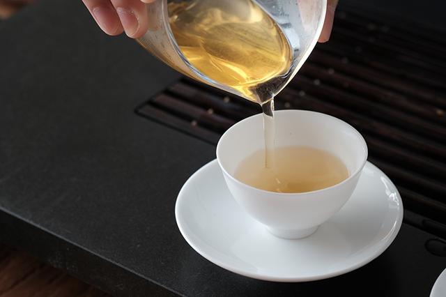 浅析不同存放年份普洱茶的品质