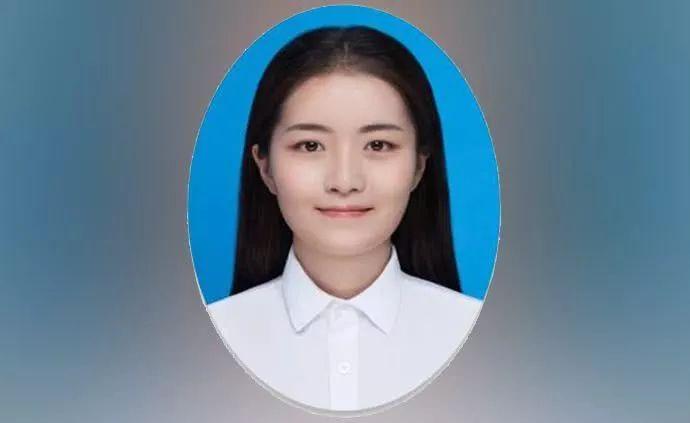 """她23岁念完本科,28岁受聘教授、博导,""""纯国产""""成最大亮点"""