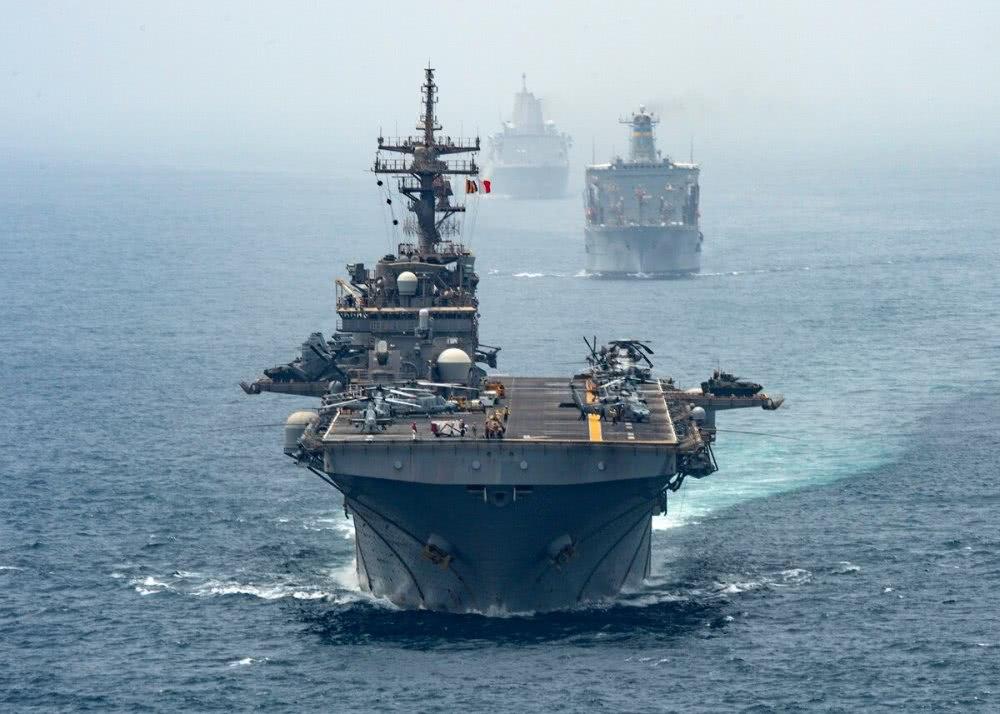 不帮沙特打伊朗了?美军四万吨战舰已经回撤,距离波斯湾三千公里