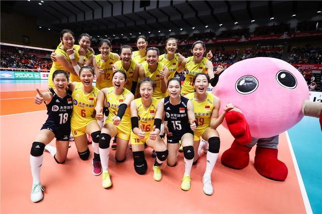 世界杯,外网评前八轮比赛的最佳阵容,中国女排无情霸榜,太强了