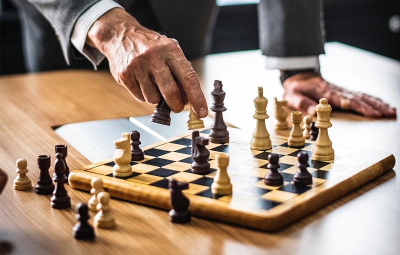 企业普遍采用的三种基本战略及典型案例