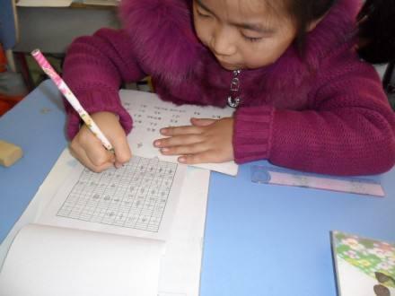 一年级新生写作业,老师不能急,家长不要跳,这些方法,一试就准